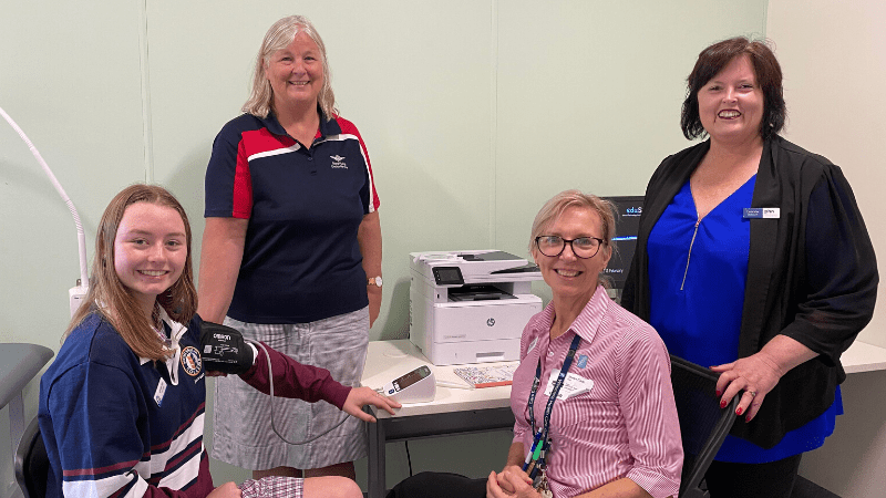 CEO Dr Leanne Beagley with a student and health practitioners participating in Horsham Secondary College's Doctors in Secondary Schools program